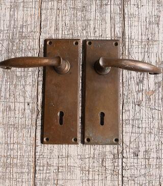 イギリス アンティーク ラッチ&ドアノブ 鍵付き 建具金物 10094