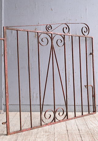 イギリスアンティーク アイアンフェンス ゲート柵 ガーデニング 10281