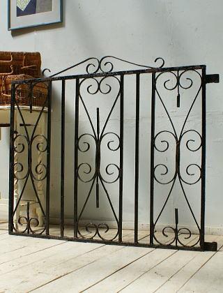 イギリスアンティーク アイアンフェンス ゲート柵 ガーデニング 10056