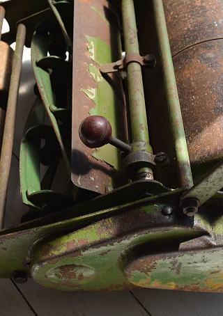 イギリス アンティーク 芝刈り機 ディスプレイ 6994