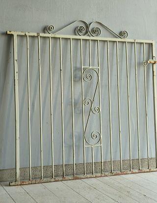 イギリス アンティーク アイアンフェンス ゲート柵 ガーデニング 10060