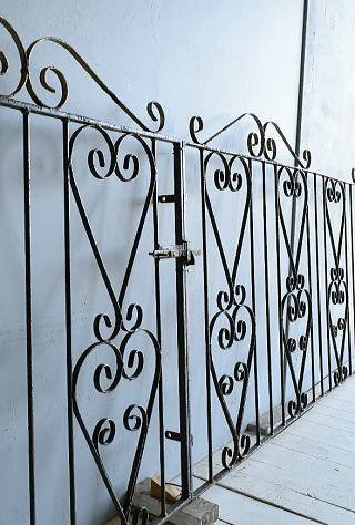 イギリス アンティーク アイアンフェンス ゲート柵 ガーデニング 7809