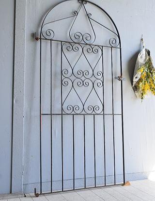 イギリスアンティーク アイアンフェンス ゲート柵 ガーデニング 7943