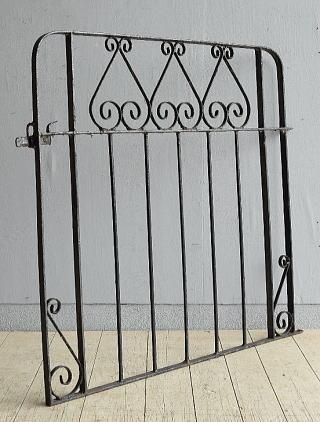 イギリス アンティーク アイアンフェンス ゲート柵 ガーデニング 8006