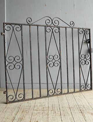 イギリス アンティーク アイアンフェンス ゲート柵 ガーデニング 8664