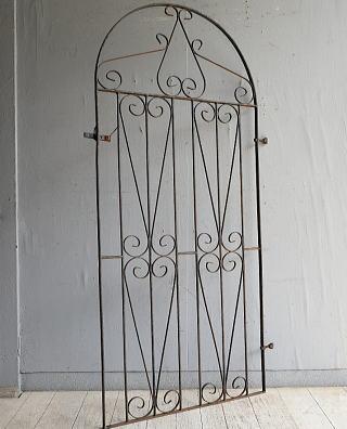 イギリスアンティーク アイアンフェンス ゲート柵 ガーデニング 8813