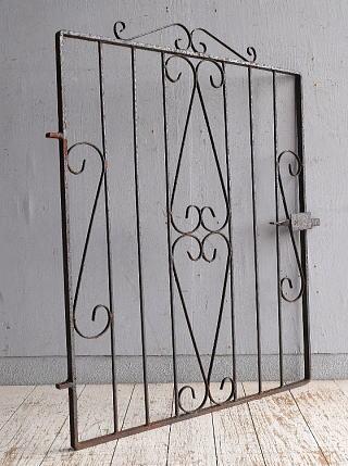 イギリスアンティーク アイアンフェンス ゲート柵 ガーデニング 9098