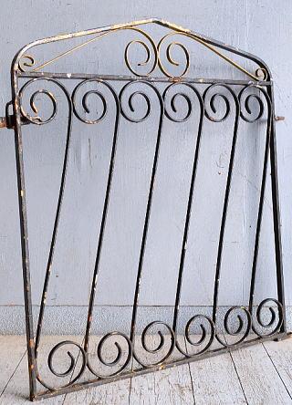 イギリスアンティーク アイアンフェンス ゲート柵 ガーデニング 9251