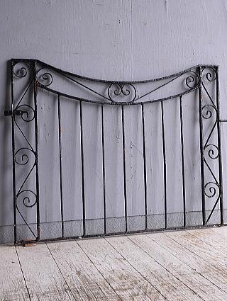 イギリスアンティーク アイアンフェンス ゲート柵 ガーデニング 9285