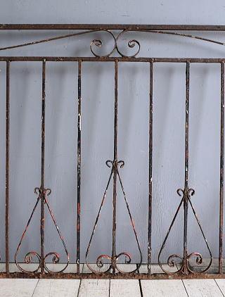 イギリスアンティーク アイアンフェンス ゲート柵 ガーデニング 9353
