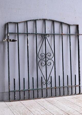 イギリス アンティーク アイアンフェンス ゲート柵 ガーデニング 9428