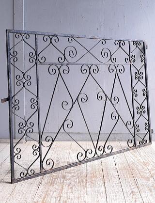 イギリスアンティーク アイアンフェンス ゲート柵 ガーデニング 9518