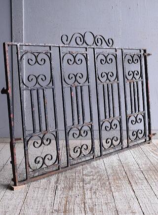 イギリス アンティーク アイアンフェンス ゲート柵 ガーデニング 9522