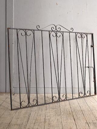 イギリス アンティーク アイアンフェンス ゲート柵 ガーデニング 9660