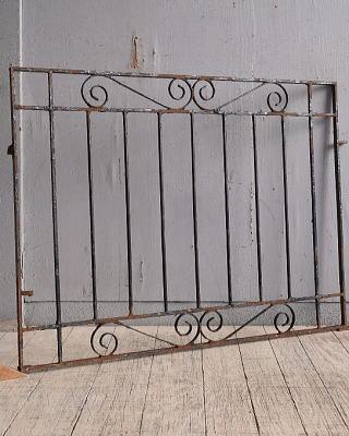 イギリスアンティーク アイアンフェンス ゲート柵 ガーデニング 9739