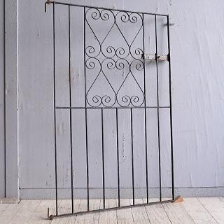 イギリスアンティーク アイアンフェンス ゲート柵 ガーデニング 9761