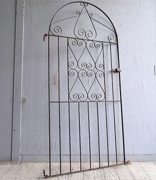 イギリスアンティーク アイアンフェンス ゲート柵 ガーデニング 9860