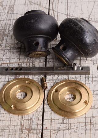 イギリス アンティーク 木製 ドアノブ 建具金物 握り玉 9932